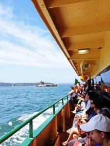 Suasana di kapal ferry