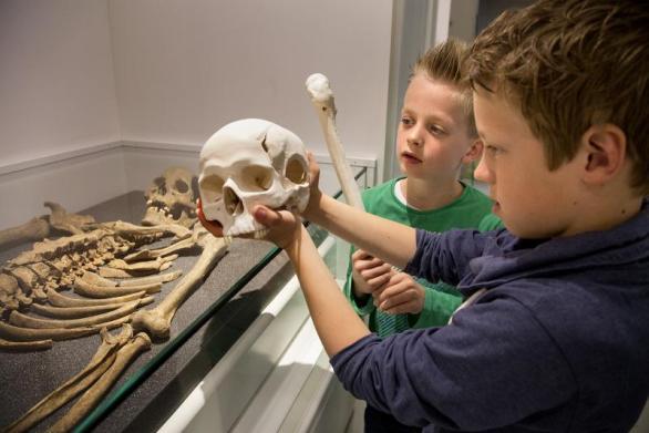 salah satu kegiatan di Limburg Museum