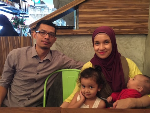 Anya dan keluarga
