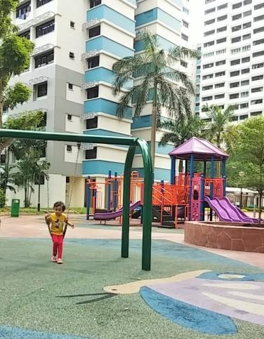 05 HDB playground