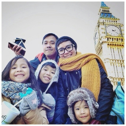 The Neverland Family: Papin, Mamin, Arwen (10 tahun), Leia (8 tahun), dan Neo (5 tahun)