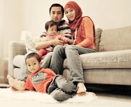 Foto keluarga di penghujung tahun 2013