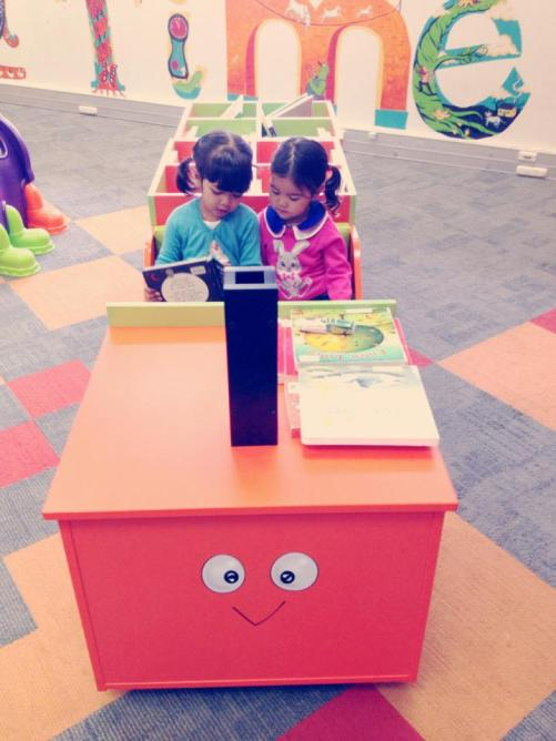 Fave places to go Perth city Library (Leia sama temannya Kyra)