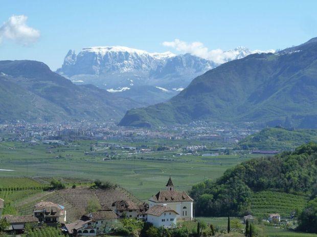 mamarantau - snowy Schlern di South Tyrol - Italia