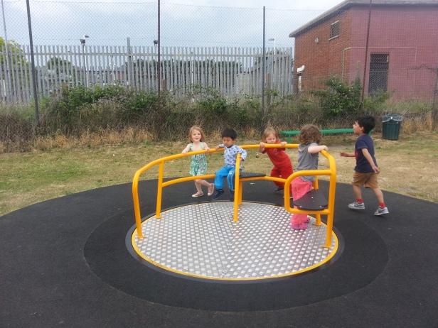 Manocroft playground, favorit Athar