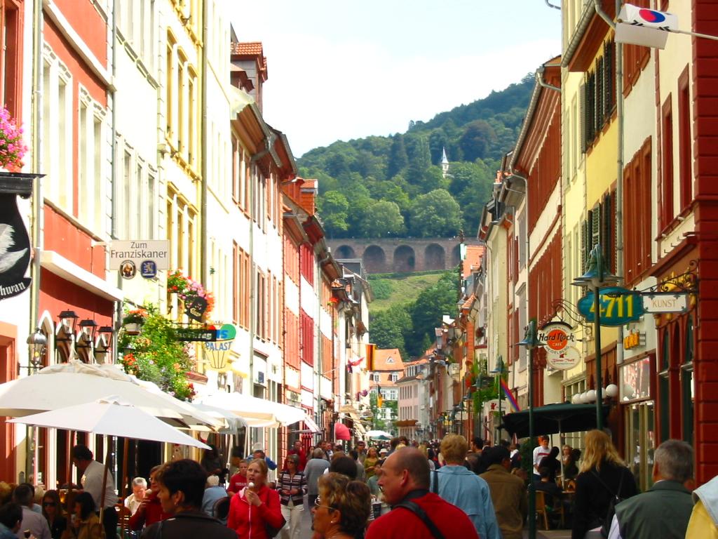 heidelberg_germany_10082005_main_street